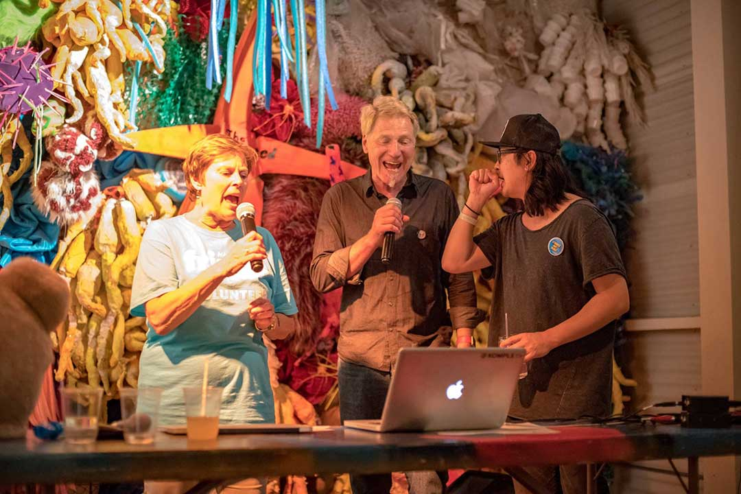 can-can-event_4x6_singing-1